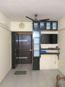 Gallery Cover Image of 676 Sq.ft 1 BHK Apartment for rent in Seawoods for 22000