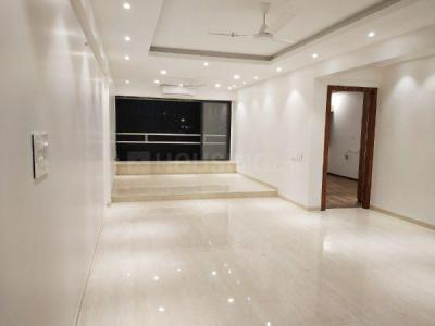 Gallery Cover Image of 1000 Sq.ft 2 BHK Apartment for rent in Woodlands Heights, Bandra West for 140000