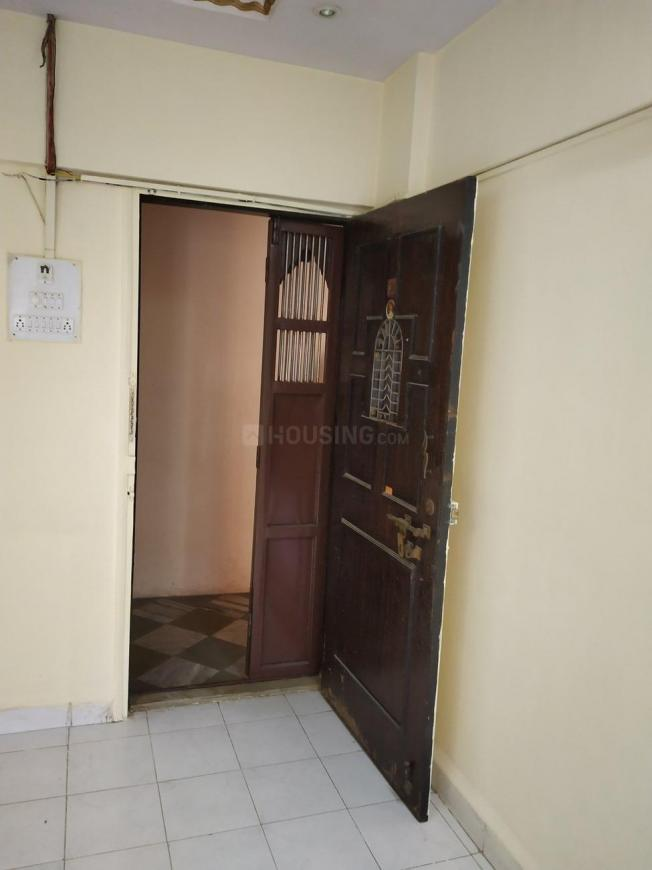 Living Room Image of 507 Sq.ft 1 BHK Apartment for rent in Kandivali East for 21000