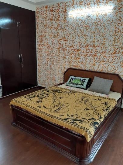 सेक्टर 134 में कॉसमॉस के बेडरूम की तस्वीर