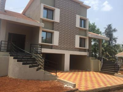 Gallery Cover Image of 3000 Sq.ft 4 BHK Independent House for buy in Karjat for 8500000