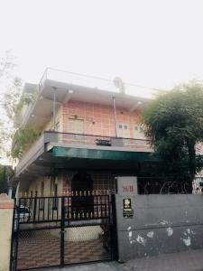 Gallery Cover Image of 2853 Sq.ft 8 BHK Independent House for buy in Kankaria for 14000000