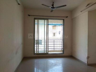 Gallery Cover Image of 610 Sq.ft 1 BHK Apartment for rent in Space Royal Meadows Residency, Koproli for 6500