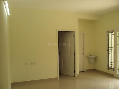 Gallery Cover Image of 900 Sq.ft 2 BHK Apartment for rent in Tambaram for 12000