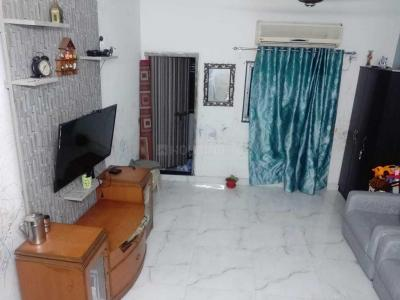 Gallery Cover Image of 1250 Sq.ft 3 BHK Apartment for rent in Topsia for 17000