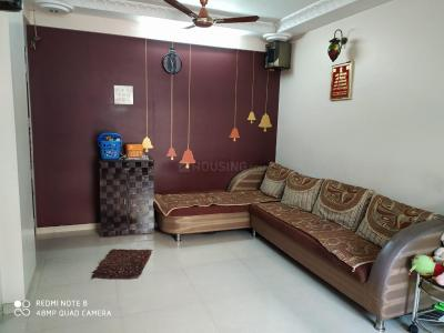 Gallery Cover Image of 750 Sq.ft 2 BHK Apartment for buy in Subh Shanti, Kandivali West for 14500000
