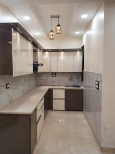 Gallery Cover Image of 1000 Sq.ft 2 BHK Independent Floor for rent in ARE Uttam Nagar Floors, Uttam Nagar for 13000