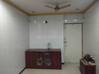 Gallery Cover Image of 500 Sq.ft 1 BHK Apartment for rent in Pooja Complex, Thane West for 16500
