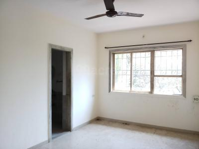 Gallery Cover Image of 800 Sq.ft 2 BHK Apartment for rent in Malad West for 40000