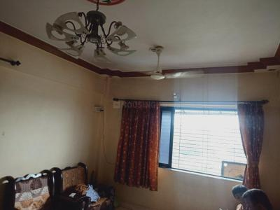 Gallery Cover Image of 600 Sq.ft 1 BHK Apartment for rent in Shree Krishna Shraddha Towers, Krishna Nagar for 11000