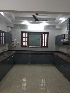 Gallery Cover Image of 3100 Sq.ft 3 BHK Independent Floor for rent in Sector 51 for 45000