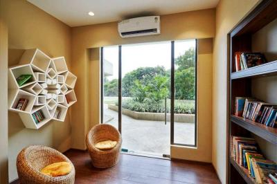 Gallery Cover Image of 1050 Sq.ft 2 BHK Apartment for buy in ACME Ozone, Thane West for 13500000