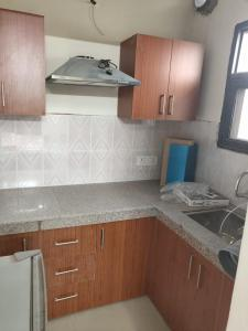 Gallery Cover Image of 1850 Sq.ft 3 BHK Apartment for buy in Sushma Elite Cross, Dhakoli for 5500000