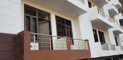 Gallery Cover Image of 575 Sq.ft 1 BHK Independent Floor for buy in Sector 105 for 1675000
