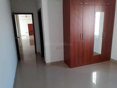 Gallery Cover Image of 1944 Sq.ft 3 BHK Apartment for rent in Pallikaranai for 20000