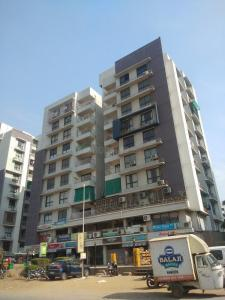 Gallery Cover Image of 1196 Sq.ft 2 BHK Apartment for buy in Shivam Priory, Makarba for 4800000