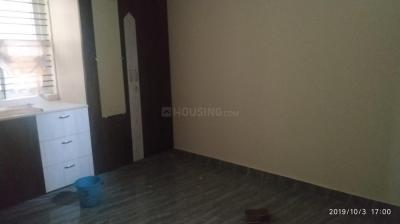 Gallery Cover Image of 700 Sq.ft 1 BHK Independent Floor for rent in 5th Phase for 12000