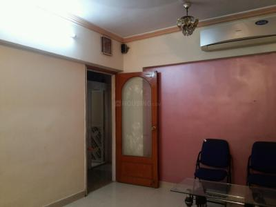 Gallery Cover Image of 820 Sq.ft 1 BHK Apartment for rent in Vashi for 26000