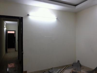 Gallery Cover Image of 560 Sq.ft 2 BHK Apartment for rent in Sector 4 Rohini for 7200