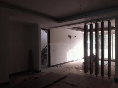 Gallery Cover Image of 2150 Sq.ft 3 BHK Independent Floor for rent in DLF Phase 1 for 85000