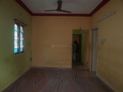 Gallery Cover Image of 1000 Sq.ft 2 BHK Apartment for rent in Velachery for 12000