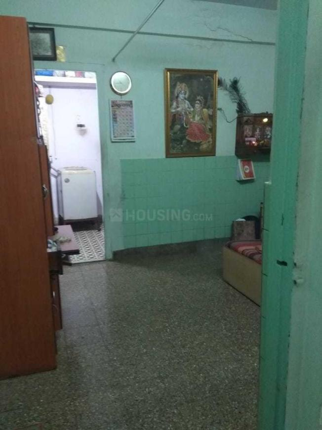 Living Room Image of 570 Sq.ft 1 BHK Apartment for rent in Goregaon West for 24000