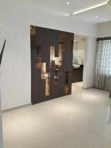 Gallery Cover Image of 1100 Sq.ft 2 BHK Apartment for buy in Undri for 7500000