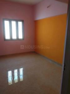 Gallery Cover Image of 1040 Sq.ft 2 BHK Apartment for buy in Pozhichalur for 3900000