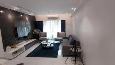 Gallery Cover Image of 1095 Sq.ft 2 BHK Apartment for rent in Bandra West for 95000