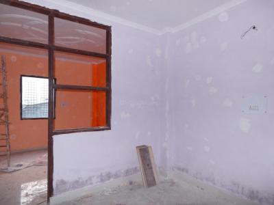 Gallery Cover Image of 450 Sq.ft 1 BHK Independent Floor for buy in Razapur Khurd for 1500000
