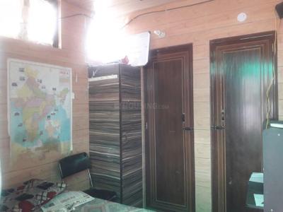 Bedroom Image of Sawhney PG in Baljit Nagar