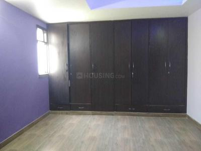Gallery Cover Image of 2601 Sq.ft 3 BHK Apartment for rent in Sushant Lok I for 35000