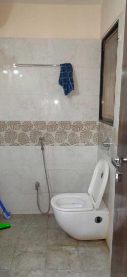 Common Bathroom Image of 800 Sq.ft 2 BHK Apartment for rent in Andheri East for 45000