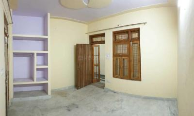 Gallery Cover Image of 700 Sq.ft 1 BHK Independent House for rent in Pratap Vihar for 6700