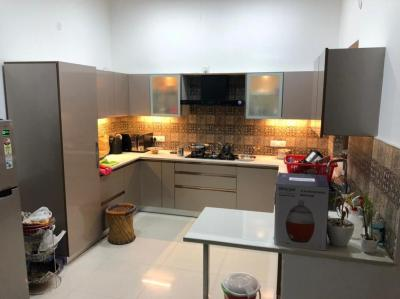 Gallery Cover Image of 4000 Sq.ft 4 BHK Independent House for rent in Wave Estate Block B, Sector 85 for 46000