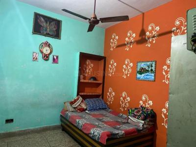 Gallery Cover Image of 2600 Sq.ft 3 BHK Independent House for rent in Shakarpur Khas for 14000