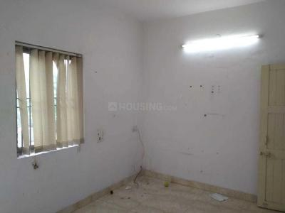 Gallery Cover Image of 700 Sq.ft 2 BHK Apartment for rent in West Shalimar Bagh RWA, Shalimar Bagh for 19000