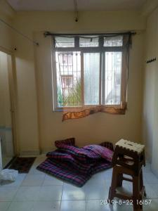 Gallery Cover Image of 200 Sq.ft 1 RK Apartment for buy in Malad West for 2900000