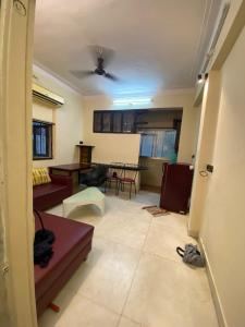 Gallery Cover Image of 550 Sq.ft 1 BHK Apartment for buy in Carter Apartment, Bandra West for 21500000
