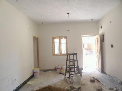 Gallery Cover Image of 900 Sq.ft 2 BHK Apartment for rent in Madhanandapuram for 15000
