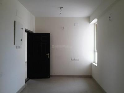 Gallery Cover Image of 619 Sq.ft 2 BHK Apartment for buy in Irandankattalai for 2800000