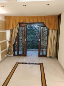Gallery Cover Image of 1900 Sq.ft 3 BHK Independent Floor for rent in Malviya Nagar for 50000
