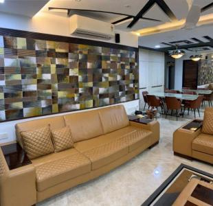 Gallery Cover Image of 3835 Sq.ft 5 BHK Independent House for buy in Runwal Elegante, Andheri West for 114900000