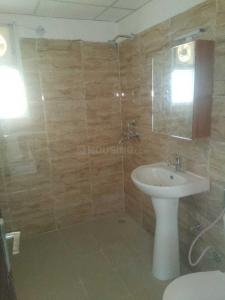 Gallery Cover Image of 1335 Sq.ft 3 BHK Apartment for rent in Noida Extension for 7500