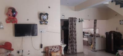 Gallery Cover Image of 2000 Sq.ft 3 BHK Independent House for rent in Rau for 10000