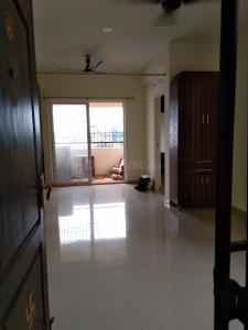 Gallery Cover Image of 1240 Sq.ft 4 BHK Apartment for rent in Poonamallee for 19000
