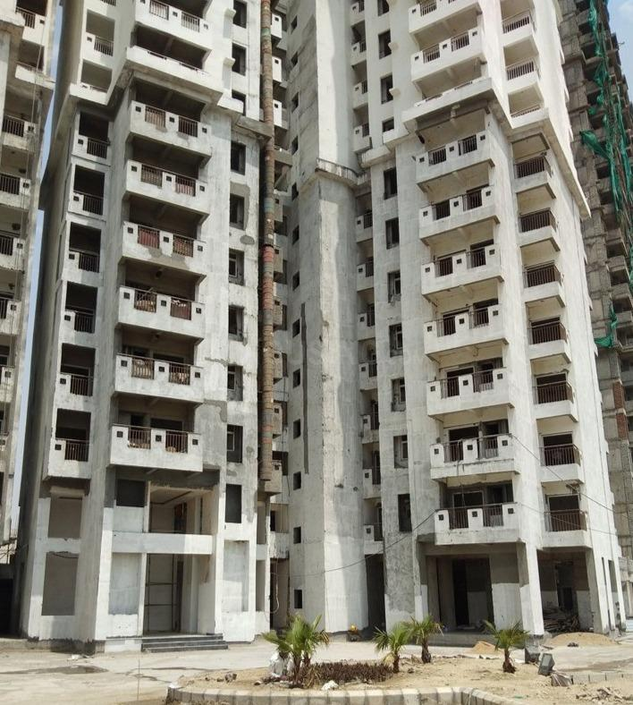 Building Image of 1295 Sq.ft 3 BHK Apartment for buy in Yeida for 4008025
