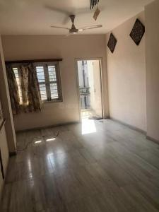 Gallery Cover Image of 1200 Sq.ft 2 BHK Apartment for rent in Bodakdev for 19250