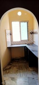 Gallery Cover Image of 600 Sq.ft 1 BHK Apartment for rent in Mukundapur for 7000
