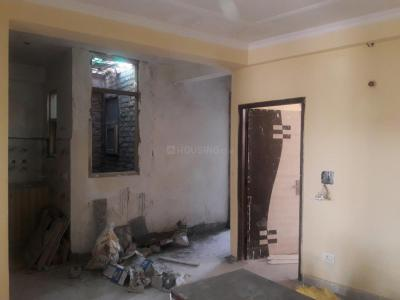 Gallery Cover Image of 1050 Sq.ft 3 BHK Apartment for rent in Chittaranjan Park for 35000